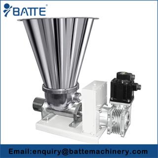 Automatic volumetric screw feeder